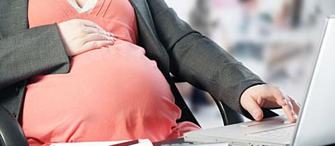 Как рассчитать выплаты по беременности и родам